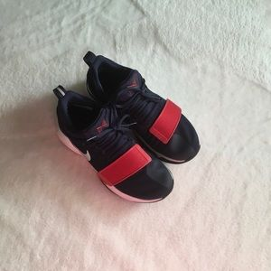 Navy blue and red PG1 men's shoes